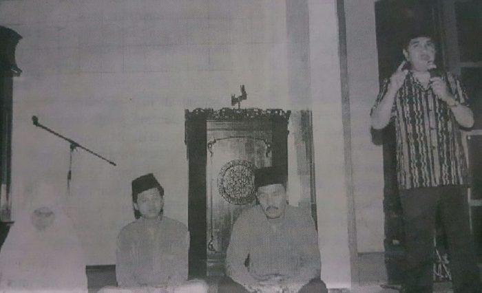 Pengukuhan Pemimpin Daar el-Qolam Pasca Kiyai Rifa'i. Selasa, 17 Juni 1997, Masjid As-Syifa, Gintung.